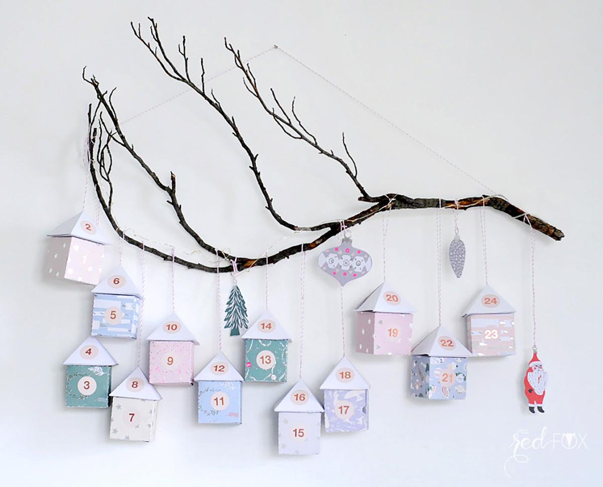missredfox - 12giftswithlove - 11 - Waldfunde - Adventskalender Pastell Häuser auf dem Ast - 01