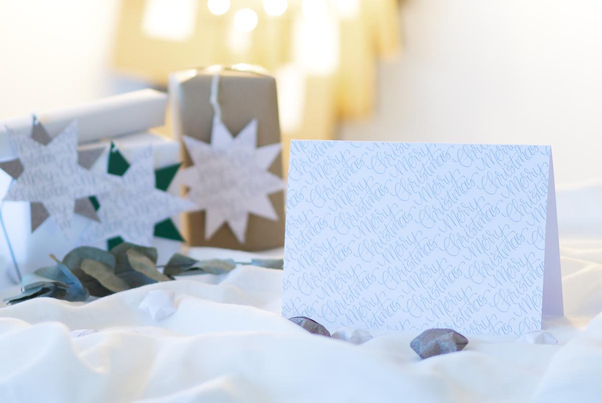 missredfox - 12giftswithlovegoesxmas-21 - Zauber ein Lächeln - Weihnachtskarten mit Geschenkanhänger - 02