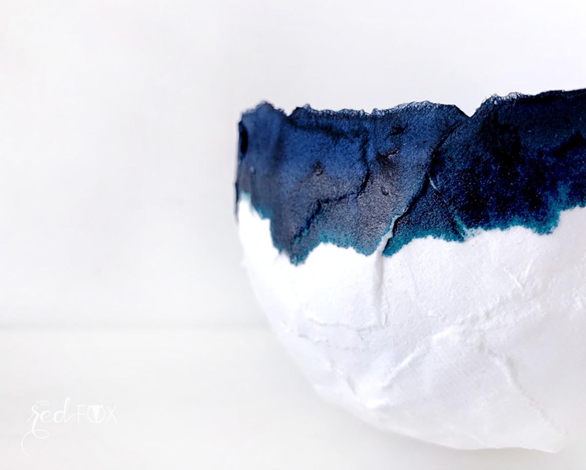 missredfox - 12giftswithlove - Minimalistisch - Pappmaché Schalen Vase Indigo - 02