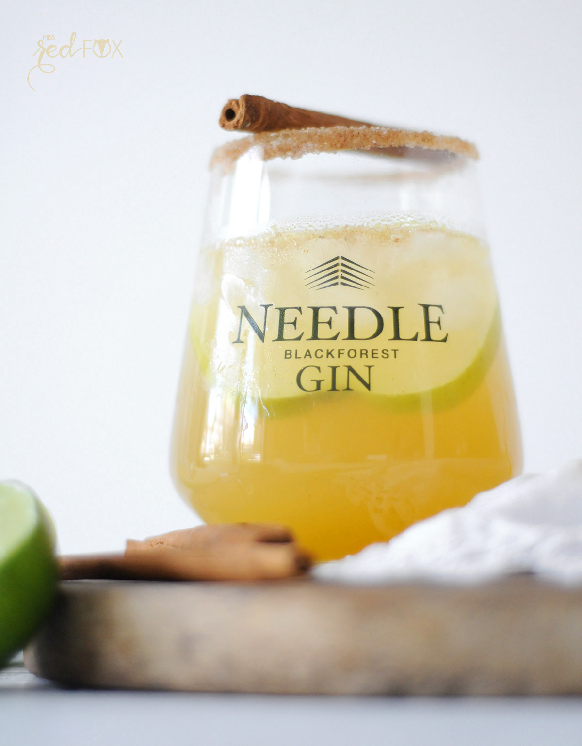missredfox - Needle Gin - Cocktail mit Apfel Honig Zimt - 05