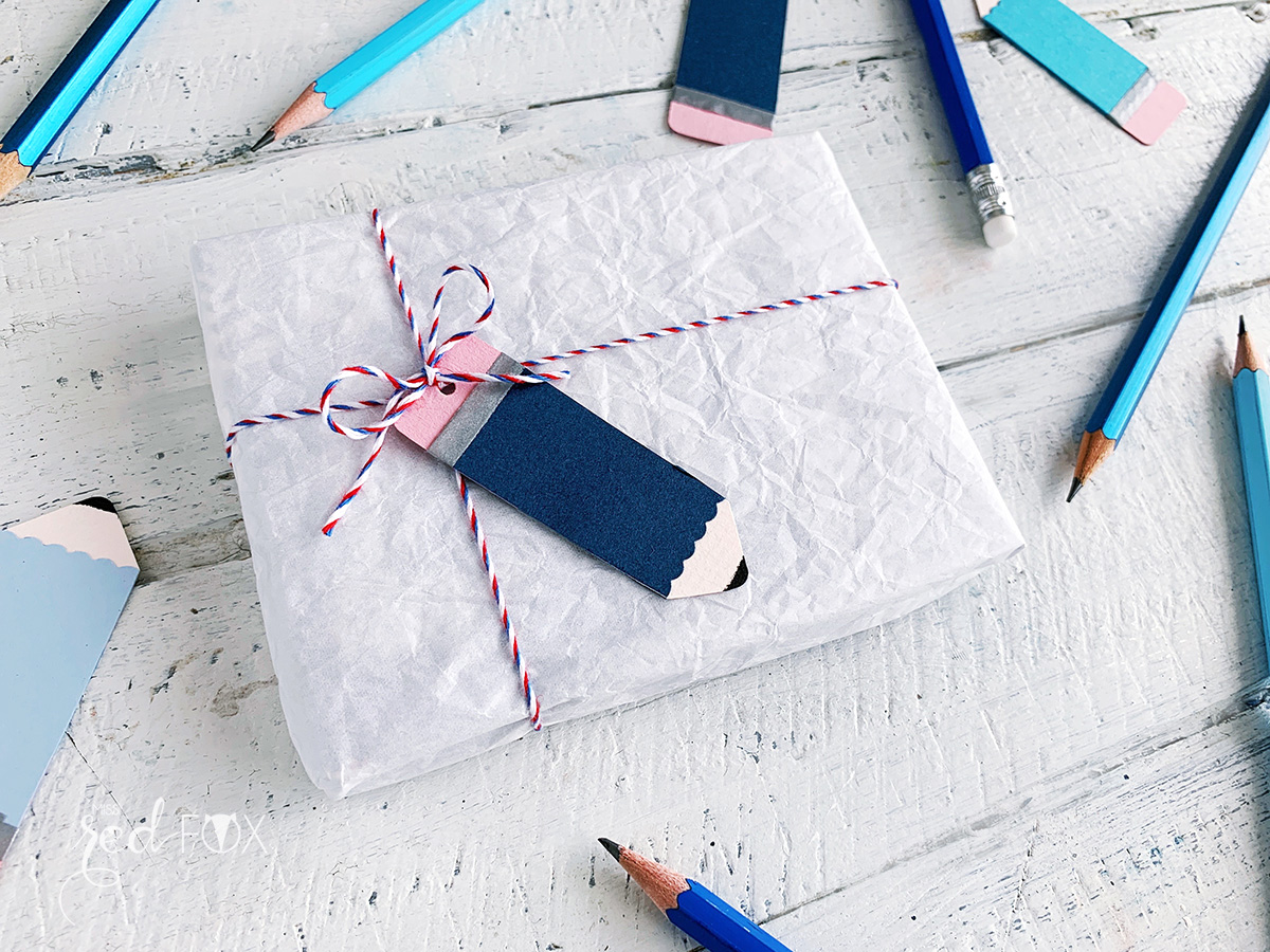 missredfox - 12giftswithlove - Schule - Bleistift Geschenkanhänger - Girlande - 02