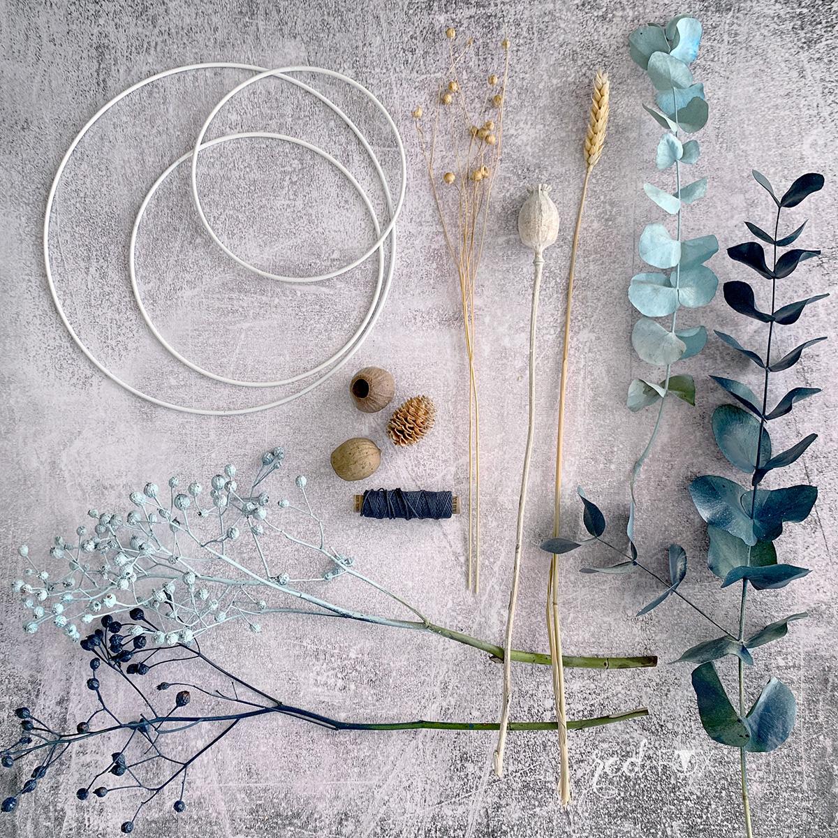 missredfox - 12giftswithlove 10 - Kranz aus trockenen Blumen - 02