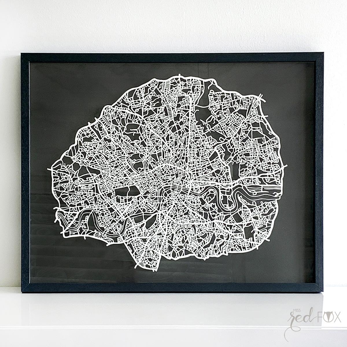 missredfox - London Papercut XXL 01