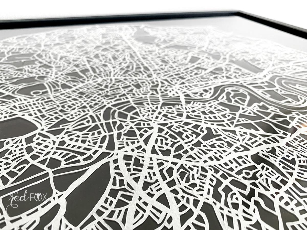missredfox - London Papercut XXL 12