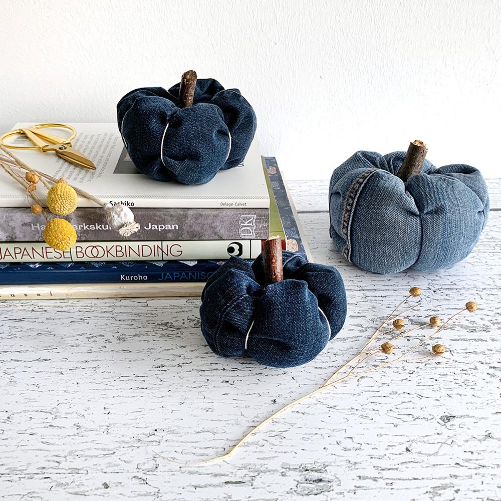 Jeans-Kürbisse